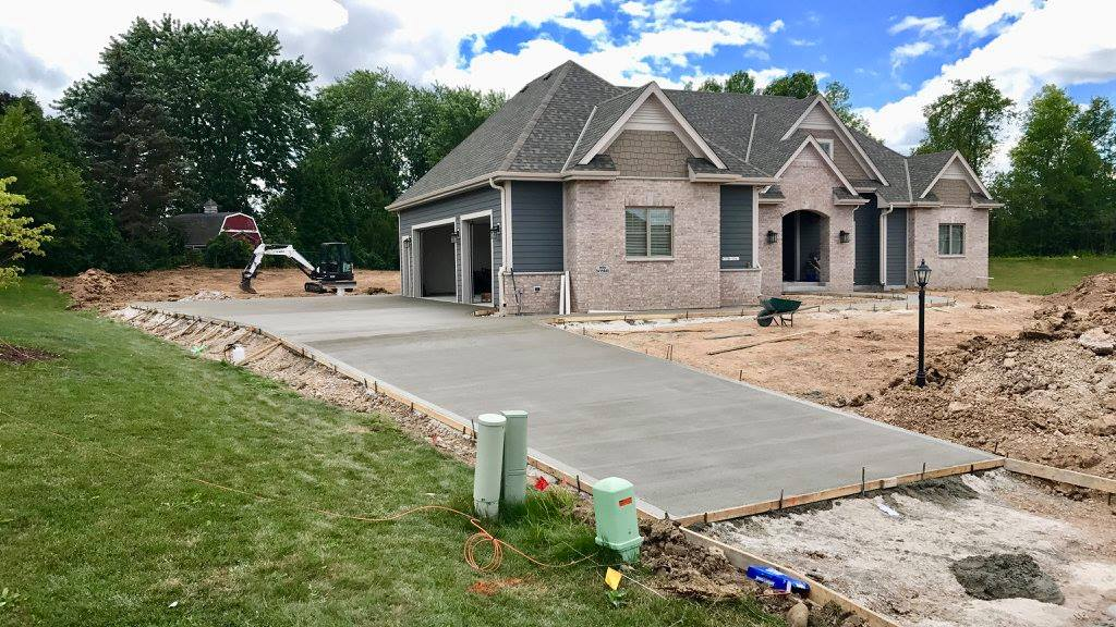 concrete contractor milwaukee